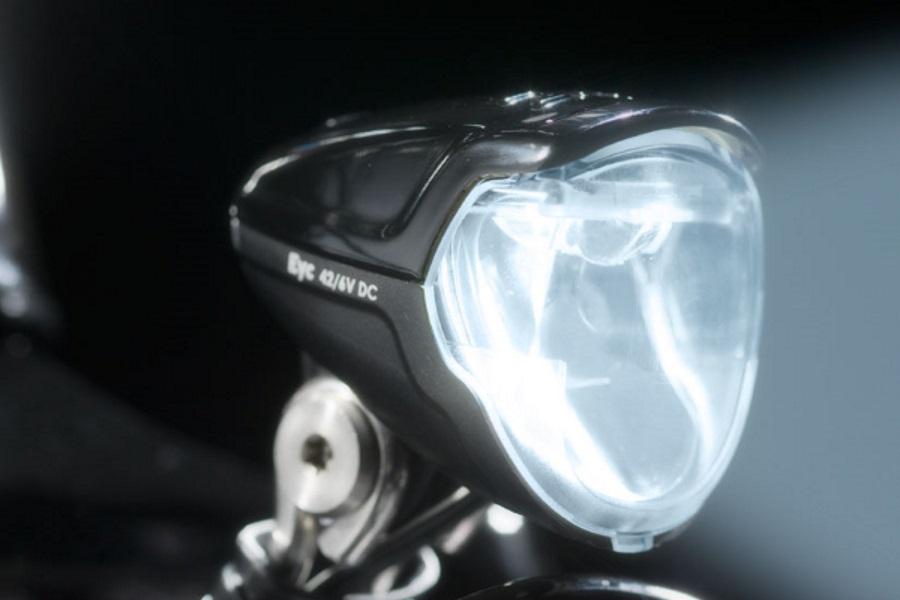 Fietsverlichting, test van LED oplaadbare lampjes voor racefiets en ...